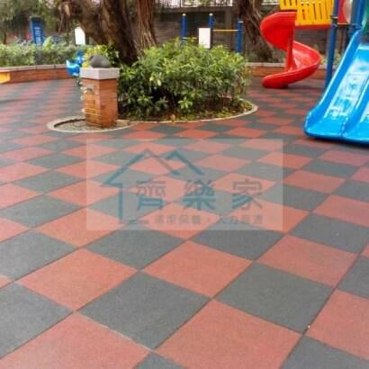 社區公園遊戲地墊高壓沖洗清洗後