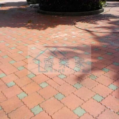 社區公園透水磚清潔